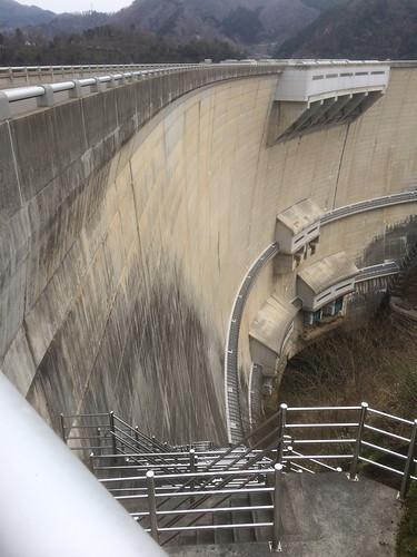 アーチ式ダム
