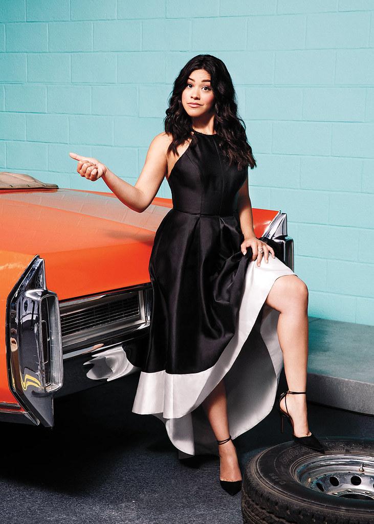 Джина Родригез — Фотосессия для «The Hollywood Reporter» 2016 – 1