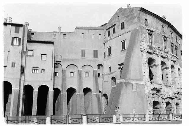 A stroll in Rome - V