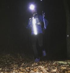 Äntligen ute i skogen efter en lång dag med utbildning. Kolla in den reflexen längs med dragkedjan på Aclimas Woolshell Jacket!  Nu känner jag mig laddad inför morgondagen!
