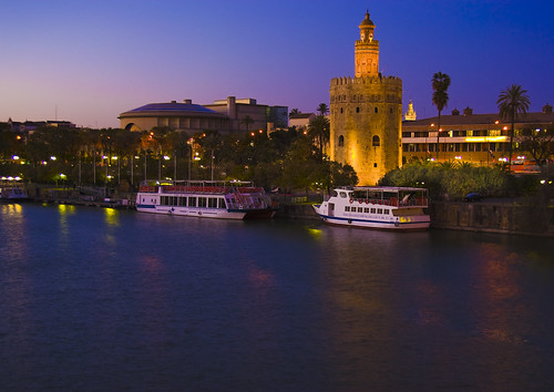 Torre del Oro rio Guadalquivir Gold Tower and Guadalquivir river