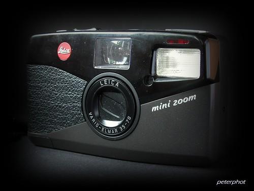Leica Mini Zoom - Camera-wiki org - The free camera encyclopedia