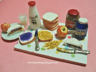 Miniature Peanut Butter Jelly Sandwich Prep Board