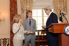 Secretary Kerry Officiates the Swearing-In Ceremony for Ambassador-Designate Jones