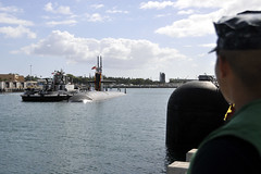 USS Jacksonville (SSN 699) returns to Joint Base Pearl Harbor-Hickam June 18. (U.S. Navy photo by Mass Communication Specialist 2nd Class Steven Khor)