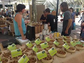 Feria de la almendra en Santa Margalida