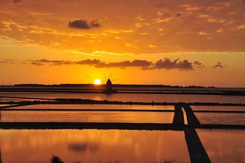 sunset sea windmill tramonto mare mulino saltpan salinetrapanipaceco
