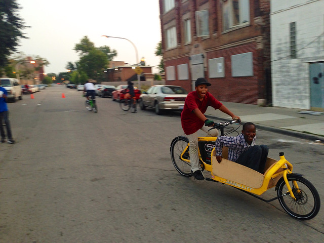 Cargo Bike Roll Call: Bronzeville edition