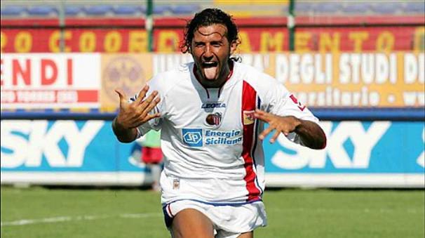Giorgio Corona, palermitano della Zisa, con la maglia del Catania