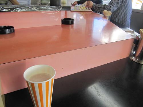 金沢競馬場の金澤玉寿司のカウンター