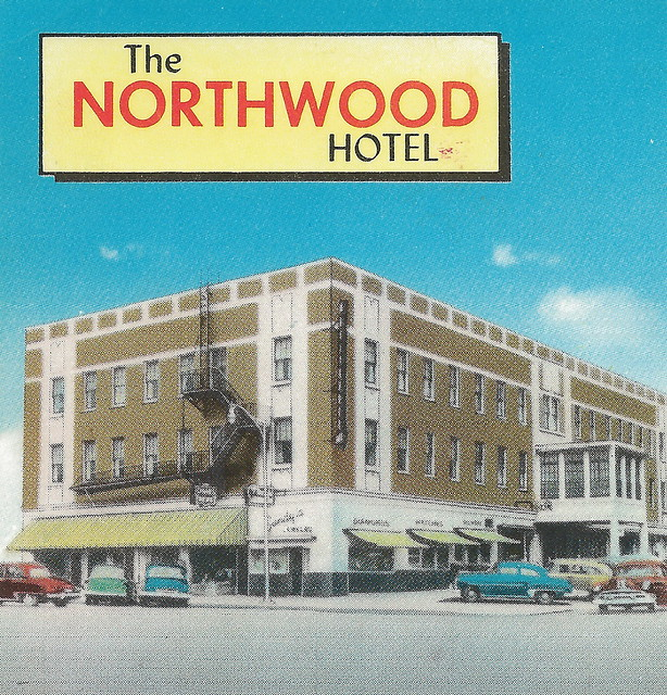 NW Cadillac MI RARE 1940s Downtown View The Northwood Hote