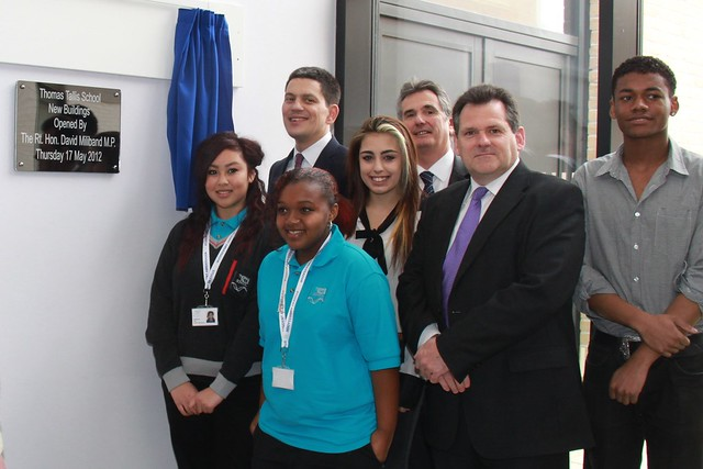 David Miliband & Chris Roberts with Thomas Tallis kids