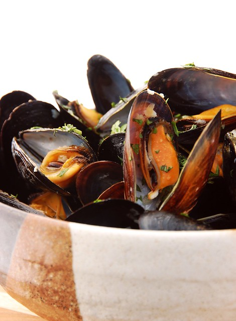 WasabiBratwurst » Blog Archive Beer Steamed Mussels