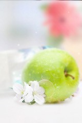 みずみずしいりんご