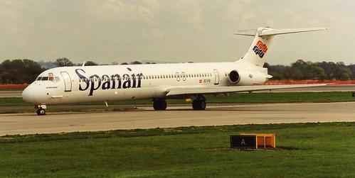 Spanair MD83