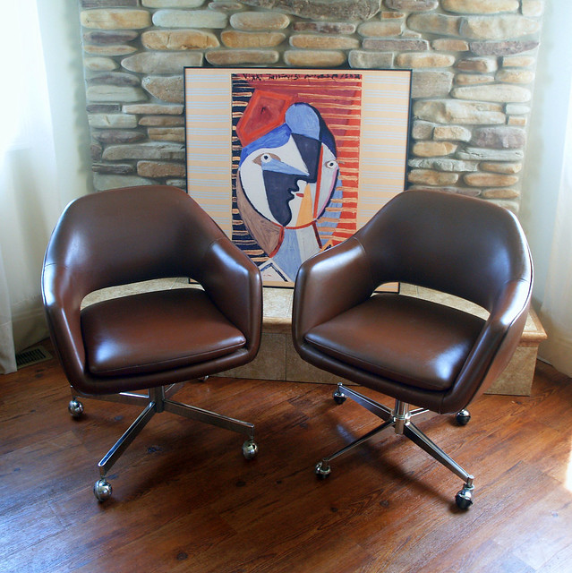 1979 saarinen for knoll executive arm chair iconic mid for Iconic modern chairs