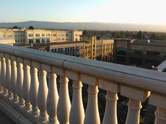 Kicking back Silicon Valley style, sun going down, rooftop balustrade, Cielo, Hotel Valencia, Santana Row, San Jose, California, USA