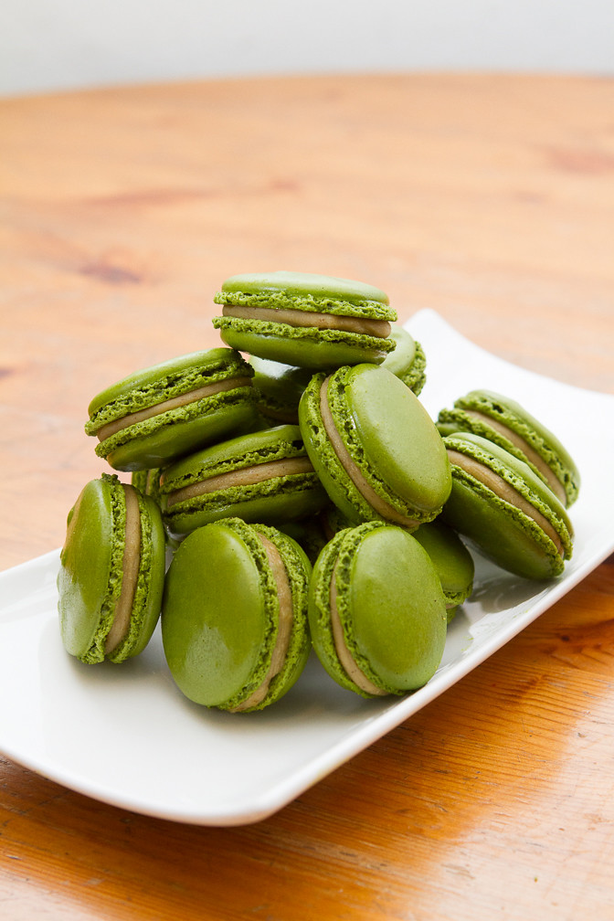 Creme Brulee Pistachio Macarons Recipe — Dishmaps