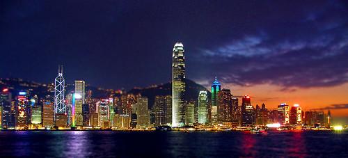 DSCF7738HK Skyline Nov 2011+Blur