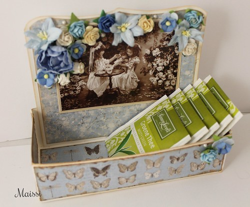 Made a tea box using mariannes tutorial