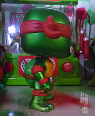 "FUNKO 'POP TELEVISION' :: TEENAGE MUTANT NINJA TURTLES - ""RAPHAEL"" #61 ;  Limited SDCC Exclusive Vynil Figure iii (( 2012 ))"