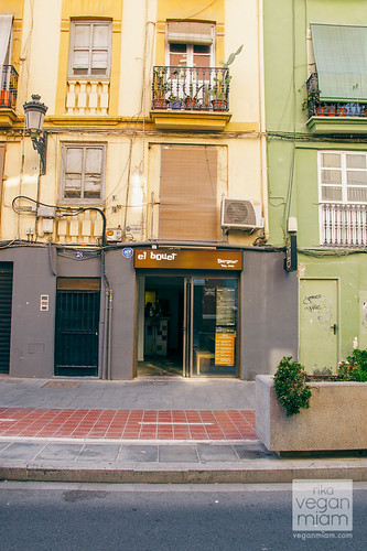 Vegan Eats at Ruzafa District - Valencia, Spain