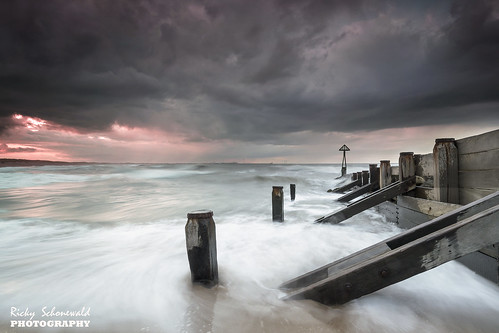 wood sunset sea seascape water mood northumberland northsea posts northeast blyth groynes seadefence seatonsluice moodysky sigma1020 gradnd8 nikond3100 koodnd8 watermovment rickyschonewald