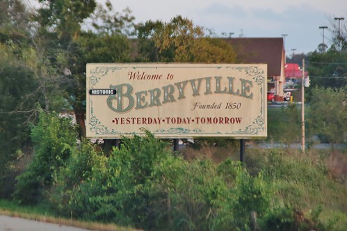 2016 welcometo sign arkansas ar berryville