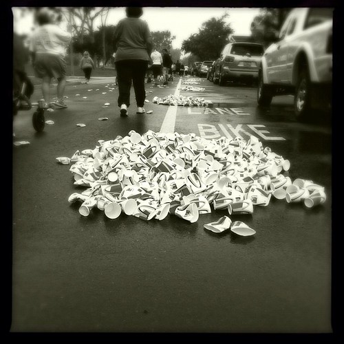 Trash in the bike lane...I really like this one 112/365 #365 #hipstamatic #monochrome #blackandwhite #instagood #igaddict #igerscalifornia #igersoc #sealbeach #jj #teg