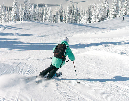 groomer skiing