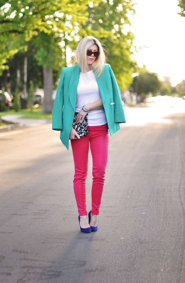 bright jeans- wearing brights on brights-blue- pink-teal