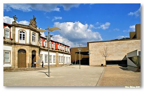 Centro Cultural Vila Flor by VRfoto