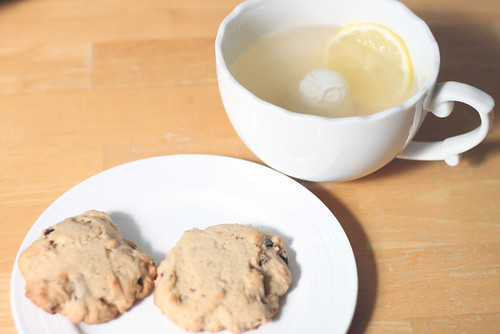 Rosemary & Date Cookies with Lemon & Ginger Tea