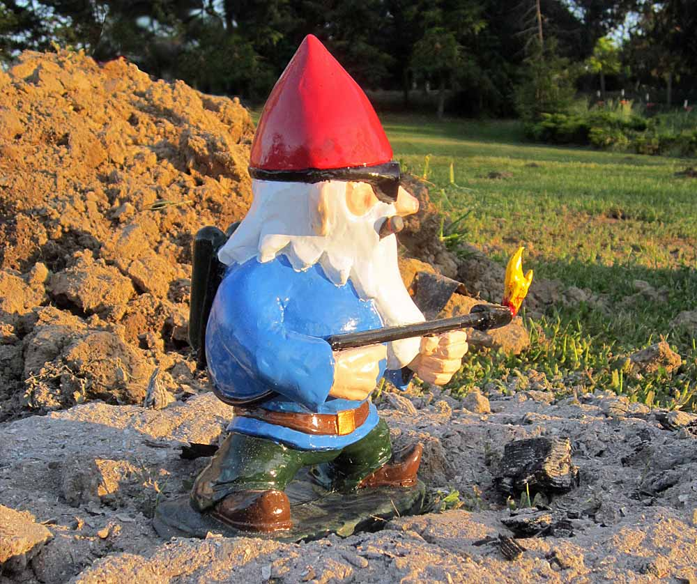 Flamethrower Gnome Right Rear