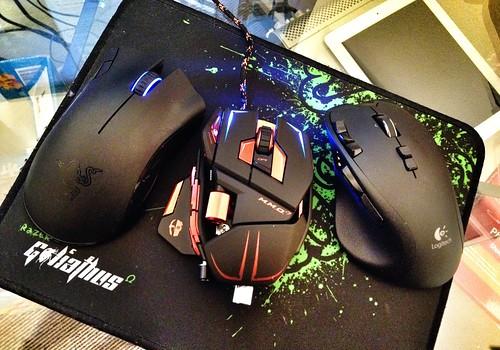 Gamming Mice Compare: Razer Mamba, Cyborg MMO7, Logitech G700