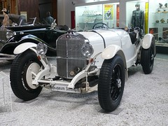 Mercedes-Benz SSK 1929 white vl