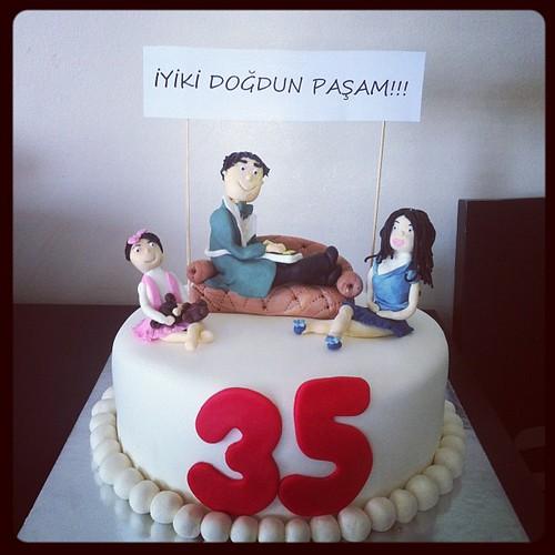#birthdaycake #sugarcake #sugarart #sugarpaste #35thbirthdaycake#sekerhamurlupastalar by l'atelier de ronitte
