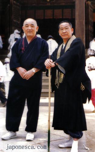 Monjes japoneses.