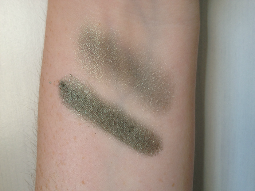 Maybelline_Color_Tattoo_Pure_Pigment_Forest_Fatale_4