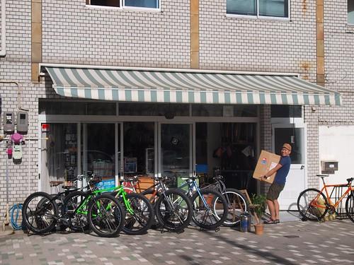 Karaido cycle / 空井戸サイクル @Kyoto,Japan by BYOB Factory Tokyo