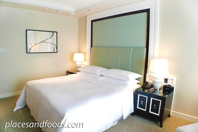 sheraton cotai macau room bed