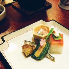 The past few meals have been a contest in most elegant food presentation. Nobody does it half as well as the Japanese.