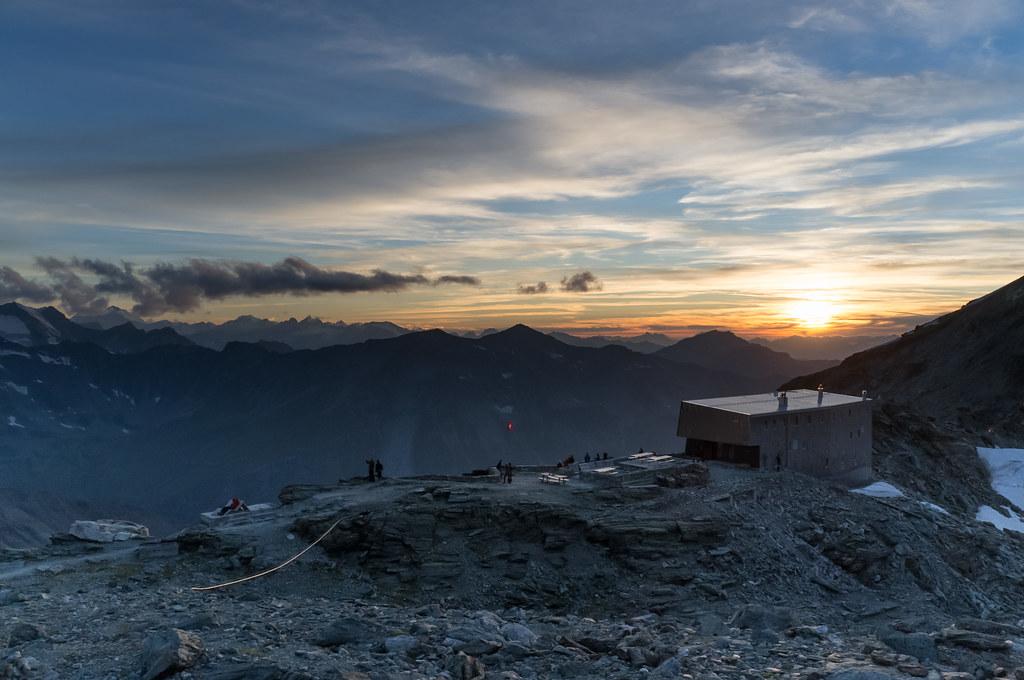 Zonsondergang bij de Cabane de Tracuit