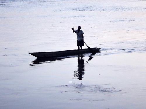 canoa 9ewolomombongomombesayambinga rdcongo 2016 engengele provincedelâãquateur cd