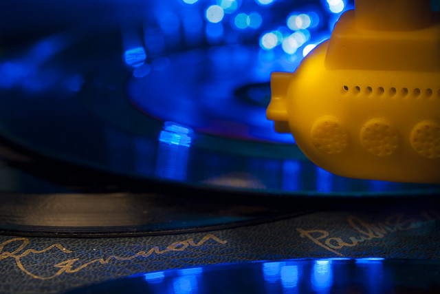 Beatles Yellow Submarine on, Nikon D90, Sigma Macro 105mm F2.8 EX DG OS HSM