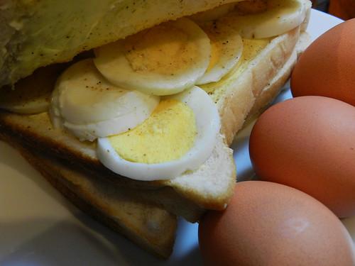 Egg sambo