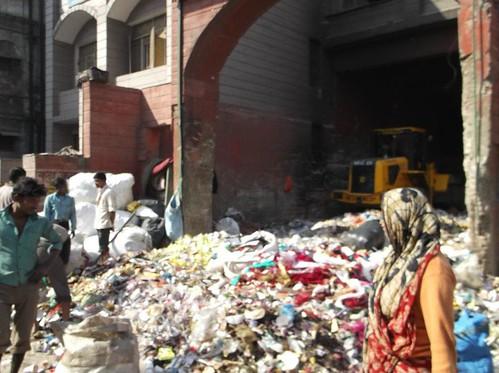 Delhi trash photo by Jonathan Bainbridge