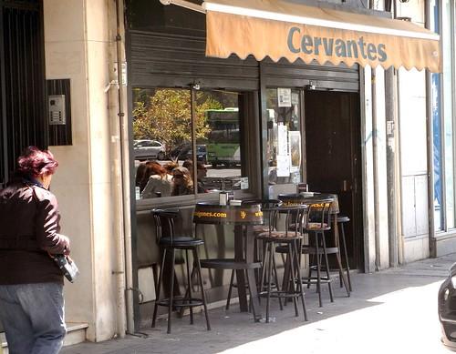 Bar en Avenida Cervantes antes.