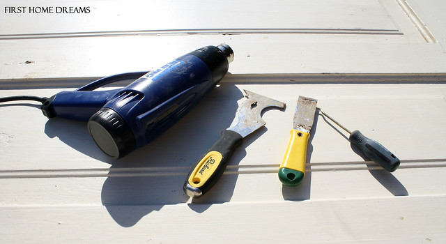 how to strip paint from a solid wood door heat gun