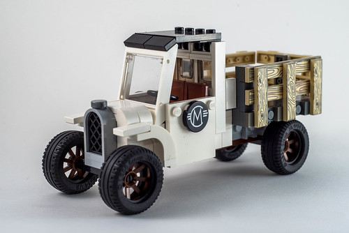 LEGO Old Truck by Carlmerriam